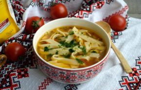Supa de gaina cu taietei – reteta fara gluten