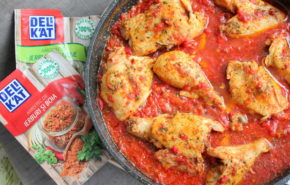 Friptura de pui cu sos de rosii si usturoi